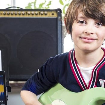 How Much Are Guitar Lessons? In Person And Online Lessons Priced