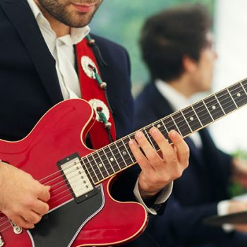 How to be a wedding band guitarist